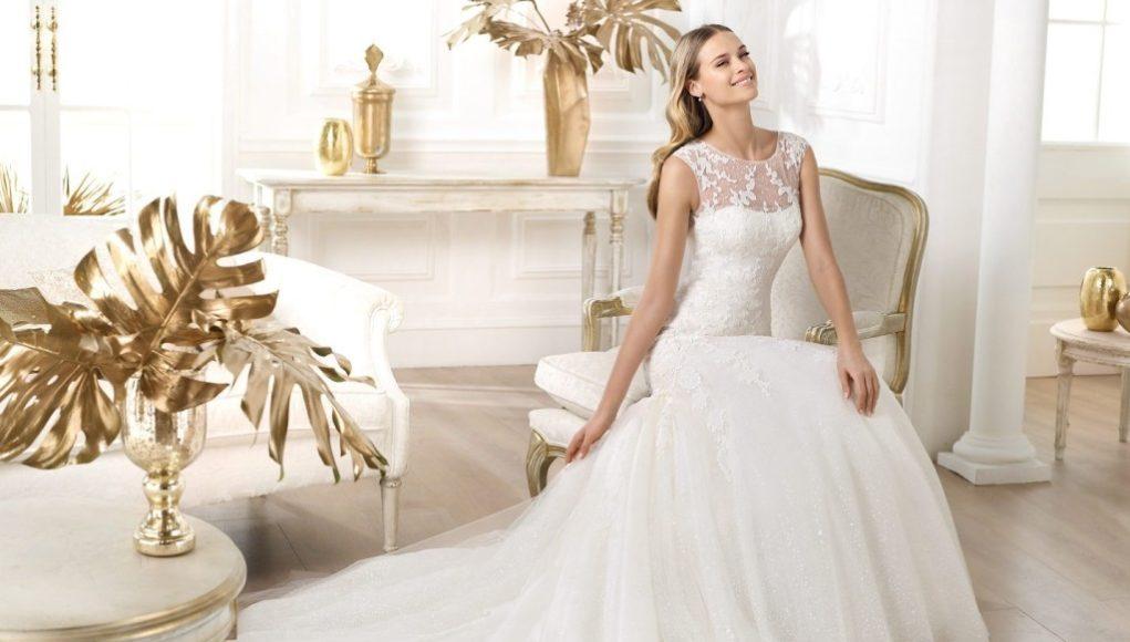 невеста в свадебном платье девушка